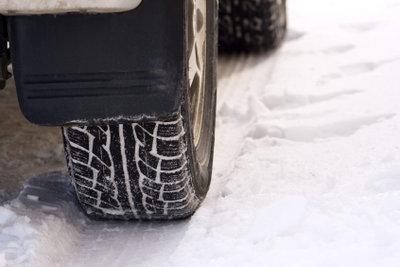 Im Winter sollte der Reifendruck stimmen.