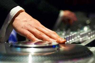 Als DJ einen Mix kostenlos erstellen.