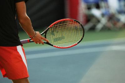 Tennisschläger für Tennisarm-Verletzungen.