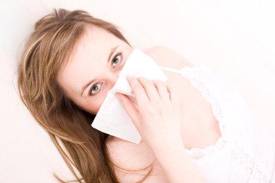 Eine ständig laufende Nase ist lästig.
