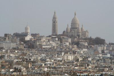 Bummeln Sie durchs Pariser Viertel Montmartre.
