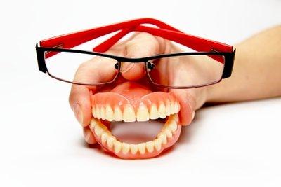 Gesunde Zähne werden zusehends teurer.