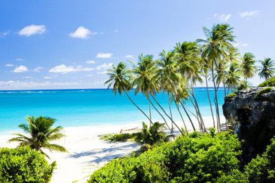 Karibische Urlaubsziele im Herbst bereisen.