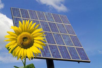 Solarzellen liefern viel Energie.