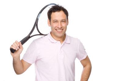 Beim Tennis sollte man Schwächen vermeiden.
