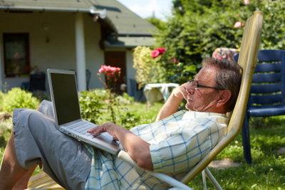 Schauen Sie Fernsehen online im Garten!