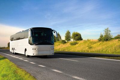 Warum nicht eine Busreise verschenken?