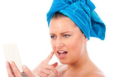 Milde Pflege verhindert unreine Haut.