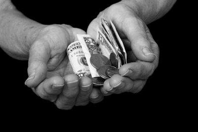 Die Witwenrente sollte keine Kürzungen erfahren.