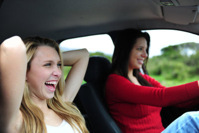 Mehr Spaß im Auto mit Musik.