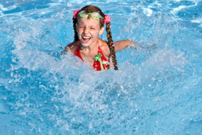 Schwimmpaddles können das Training optimieren.