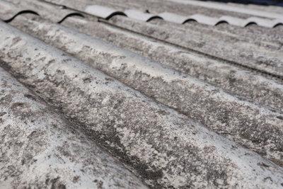 Verkäufer müssen über Asbest aufklären.