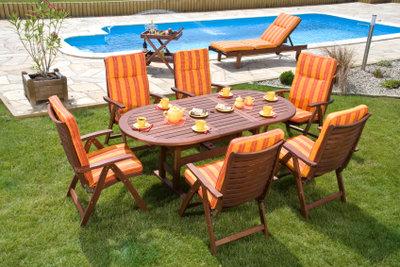 Kaufen Sie Gartenmöbel mit FSC-Siegel.