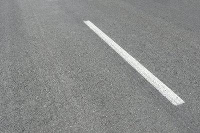 Viele Autobahnen in Frankreich sind mautpflichtig.