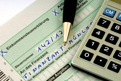 Die Lohnsteuererklärung lässt sich mit wenig Aufwand selber machen.
