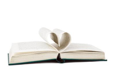Ein selbst geschriebenes Liebesgedicht ist Romantik pur.