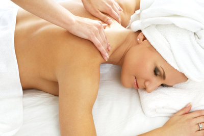 Es gibt Massagetechniken, die Sie auch zuhause anwenden können.