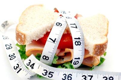 Abnehmen ohne Kohlenhydrate erfordert eine konsequente Ernährung.