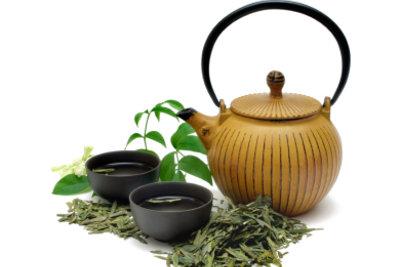 Grüner Tee schmeckt und ist gesund.