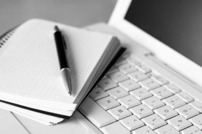Wie schreibt man einen gelungenen Essay? Eine Frage, die sich wohl jeder schon einmal gestellt hat.