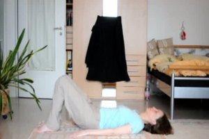 Fußheberparese - zwei Übungen, mit denen Sie Ihren Fuß kräftigen können