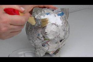 Pappmaschee: Anleitung für ein Sparschwein