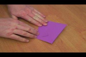 Origami: Leichte Faltanleitungen - so gelingen die Grundfaltformen