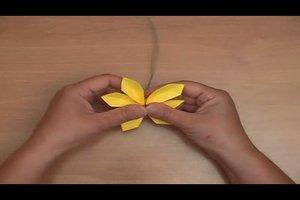 Mit Papier basteln - so falten Sie dekorative Blumen