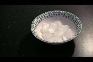 Eiswürfel selber machen ohne Form - so funktioniert´s