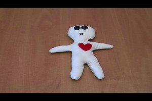 Voodoo-Puppen selber machen - so gelingt Ihnen ein Accessoire für Halloween