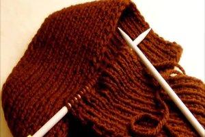 Wolle mit Nadelstärke 10-12 stricken - so gelingt ein Schal