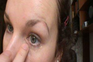 Augenringe wegschminken - so geht´s ganz einfach