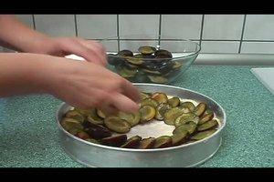 Pflaumenkuchen mit Hefeteig - ein Backrezept