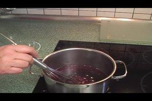 Kirschsaft andicken - so klappt's für Sirup und Nachtische