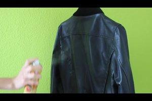 Lederjacke pflegen - so geht's