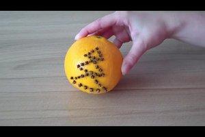 Weihnachtsdeko selbstgemacht aus Orangen - eine Anleitung