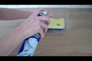 Stoffschuhe putzen - so werden sie sauber