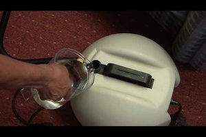 Polster-Dampfreiniger - so wird Ihr Sofa wieder sauber