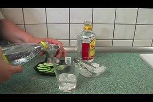 Gin Tonic mit Gurke - Rezept für einen tollen Cocktail
