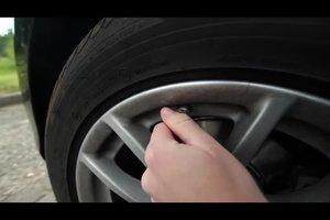 Autoreifen aufpumpen - so geht's