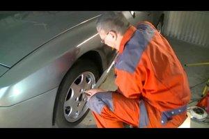 Drehmomentschlüssel beim Reifenwechsel richtig verwenden - so geht's