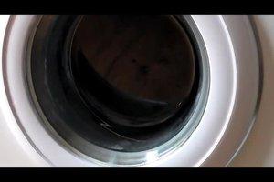 Daunenjacke waschen - so machen Sie es zuhause selber