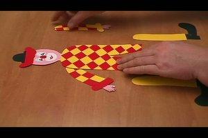 Einen Hampelmann basteln - so geht´s mit Tonkarton