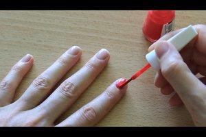 Wie lange muss man Nagellack trocknen lassen? - Anleitung für perfekt lackierte Nägel