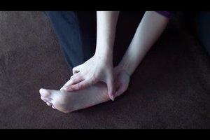 Füße massieren - so geht's richtig