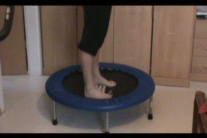 Mini-Trampolin - Übungen zum Nachturnen