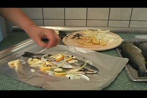 Forelle in Alufolie zubereiten - Rezept