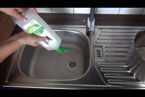 Übler Geruch im Abfluss des Waschbeckens - was tun?