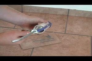 Mit der Silikonspritze arbeiten - Hinweise zum Arbeiten mit der Kartuschenpresse