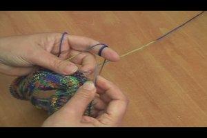 Wurm - Mütze nach Anleitung stricken